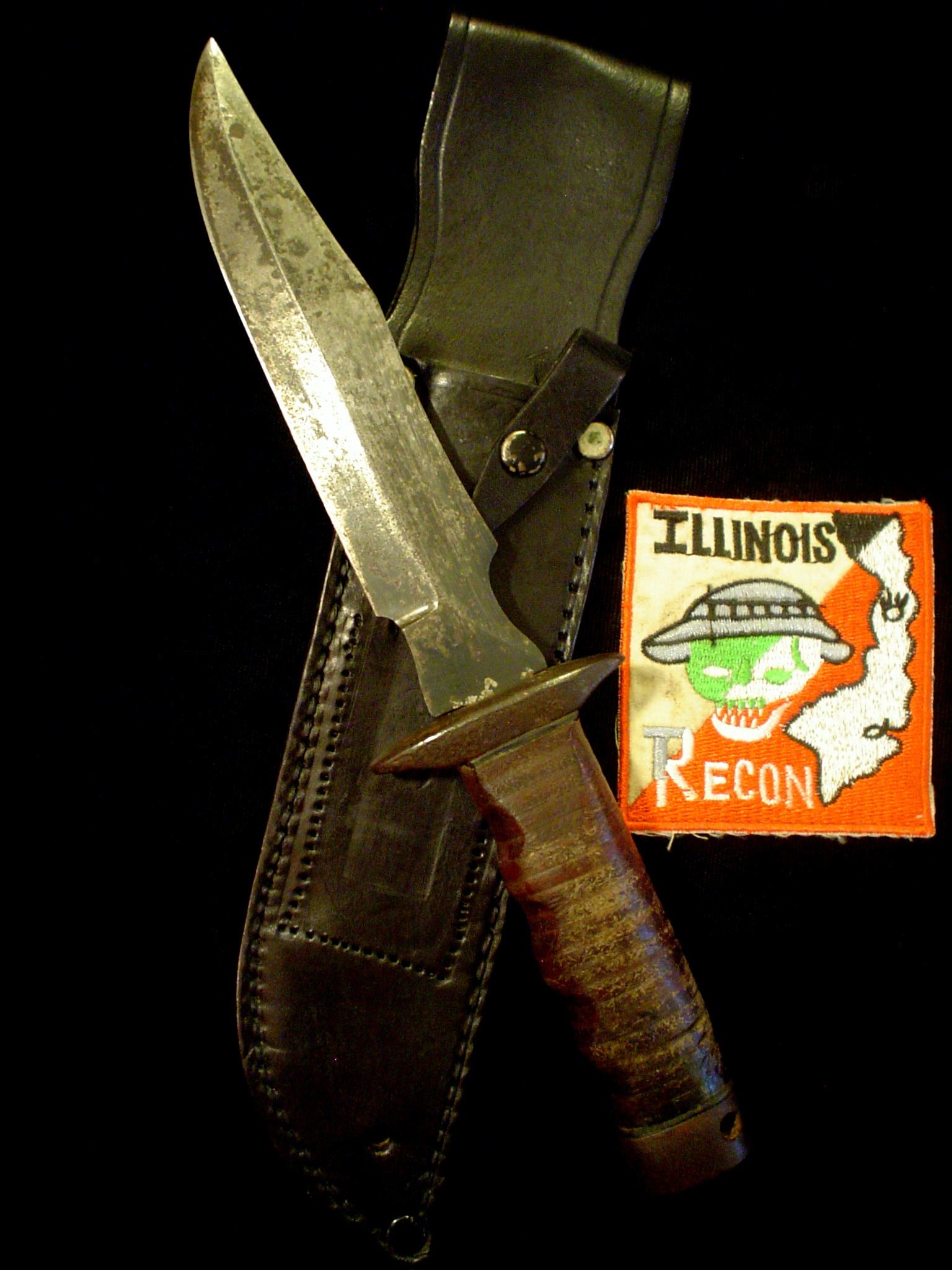 2 Id D Vietnam Sog Illinois Recon Macv Knives Soldier